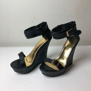 Liliana Black Heeled Wedges